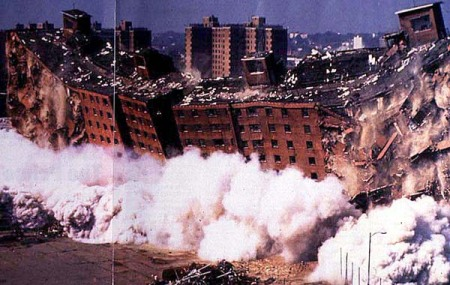 pruitt-igoe-demolition-color1